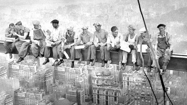 10 Fascinating Facts About Lunch Atop A Skyscraper | Mental Floss